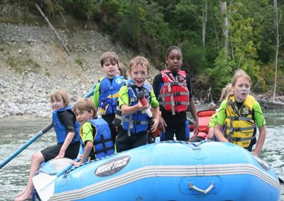 outdoor_sports_kids_rafting.jpg
